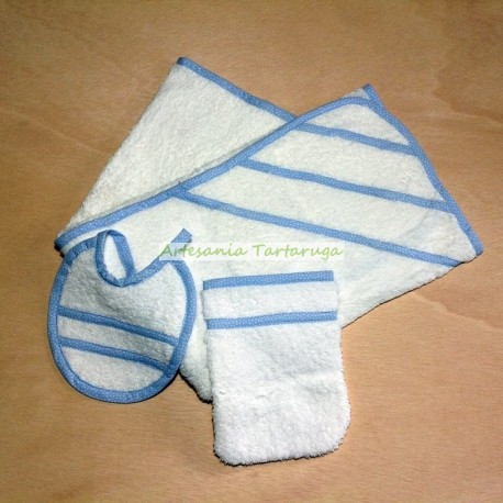Towel, bib and mitten bath