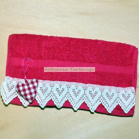 Fuchsia towel with crochet