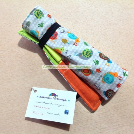 Folding pencil case with snails