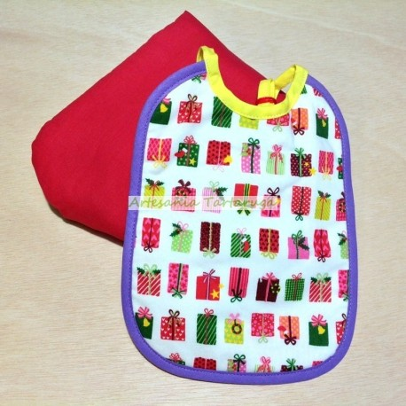 Christmas newborn bib