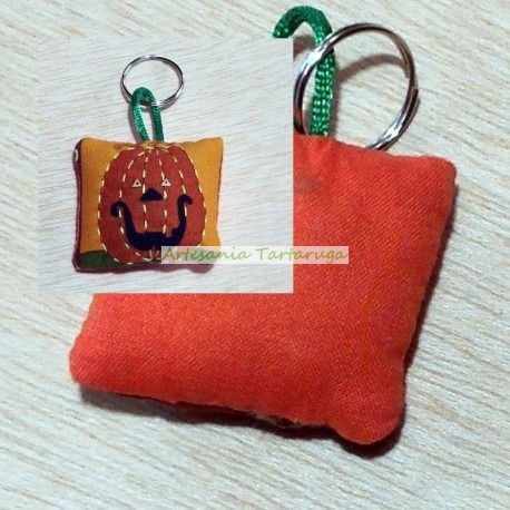 Handmade keychain with halloween pumpkin