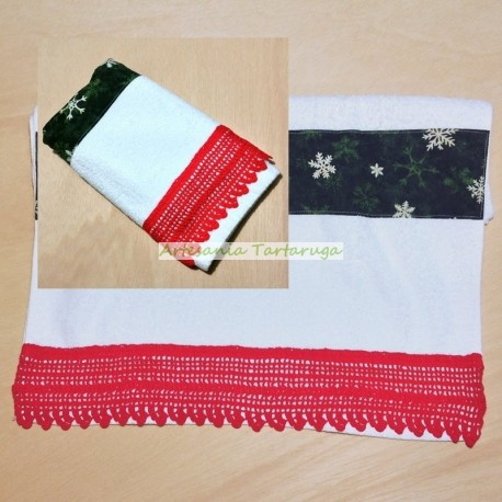 Christmas towel with crochet