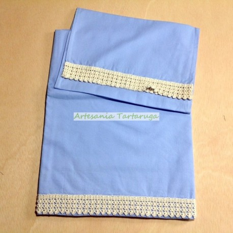 Blue sheet whit crochet