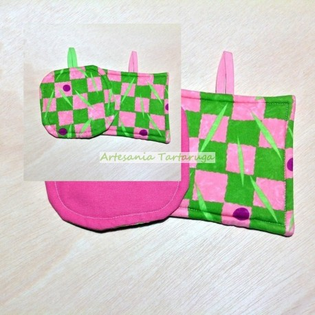 Potholders with green checkered