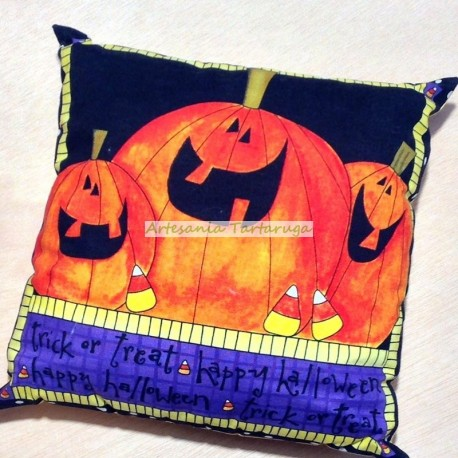 Halloween pumpkins cushion