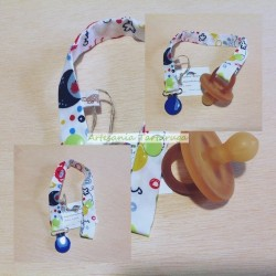 Pacifier clip with sea animals