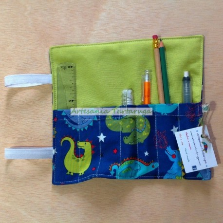 Sant Jordi pencil case