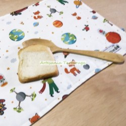 """Canvas save tablecloth printed with """"The little Prince"""""""