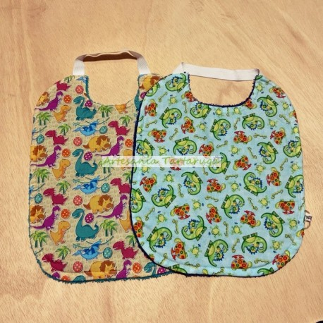 Bib for nursery with towel and elastic band