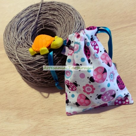 Handamde pacifier bag in fabric with ladybugs print
