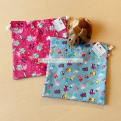 Plasticized bags for children's snacks or lunch